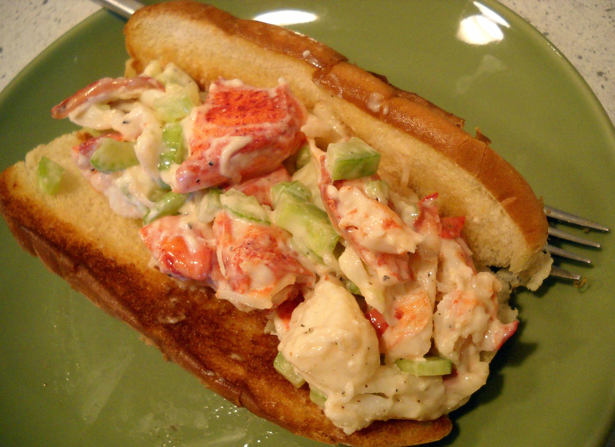 Lobster Rolls | BakingMeHungry