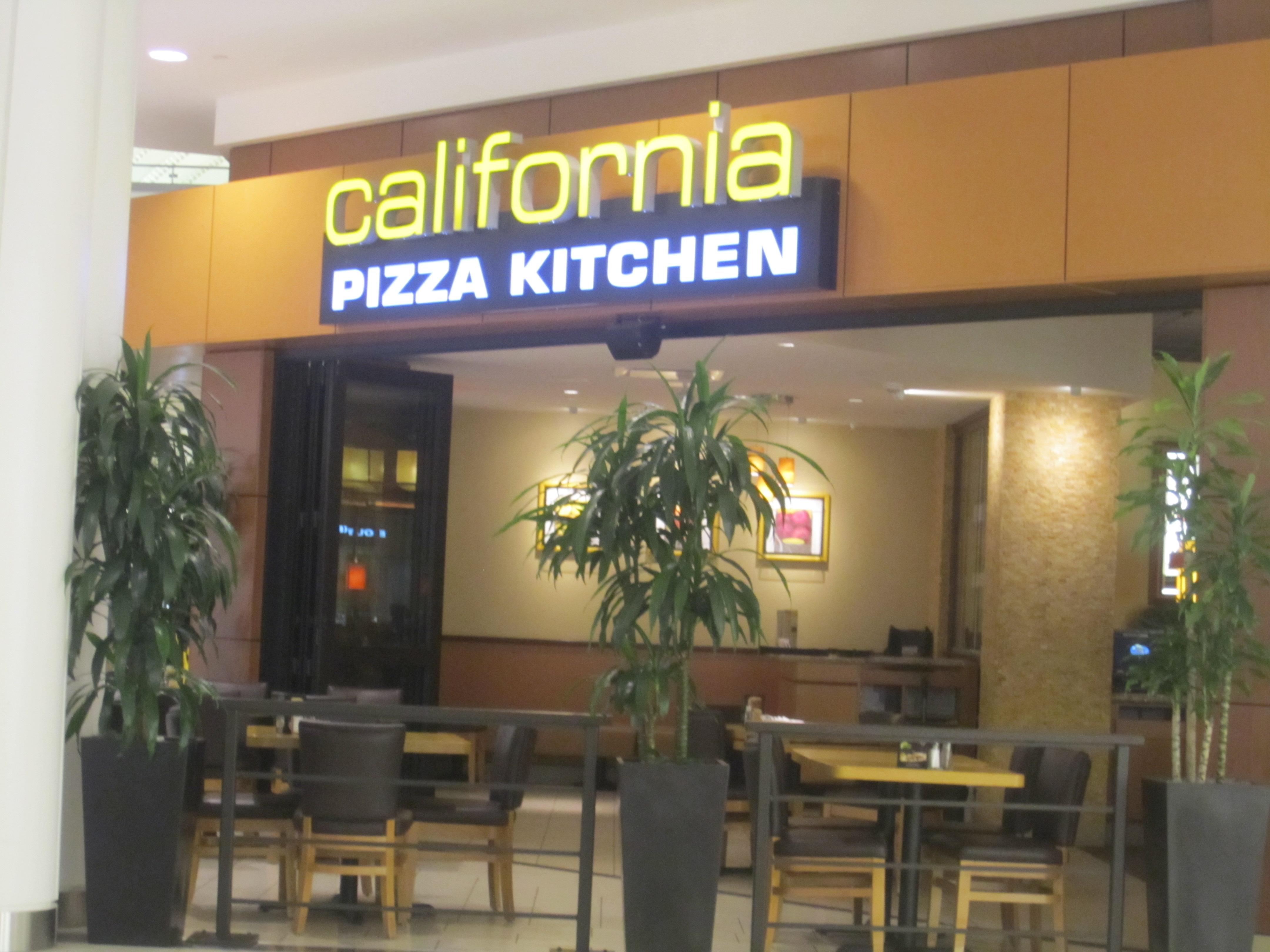 California Pizza Kitchen South Shore Plaza Braintree Bakingmehungry